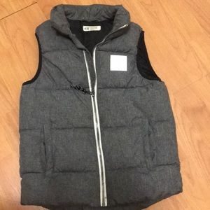 Boys Gray Size 8-10 Puffy Vest